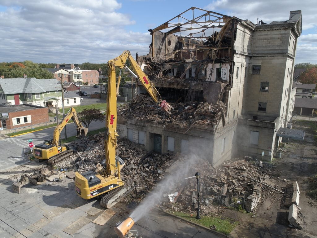 commercial demolition services in aurora