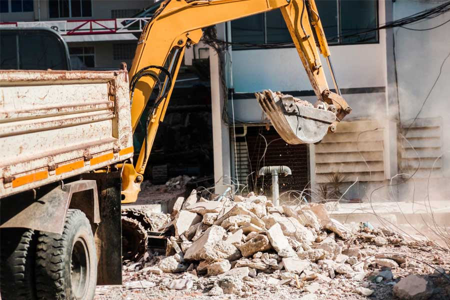 professional demolition clean up