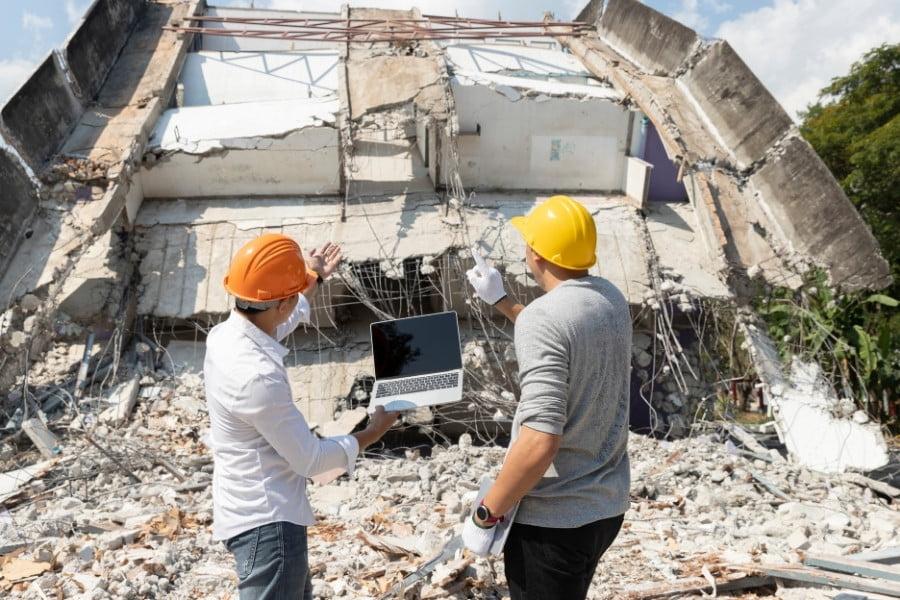demo contractors in chicago